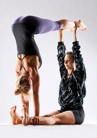 Partner Acro Yoga στο Yoga house