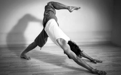 Yoga στο Σπίτι ή στο Studio