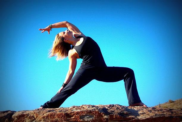 Συνδρομές για Μαθήματα Yoga & Pilates στο Ayama Yoga House