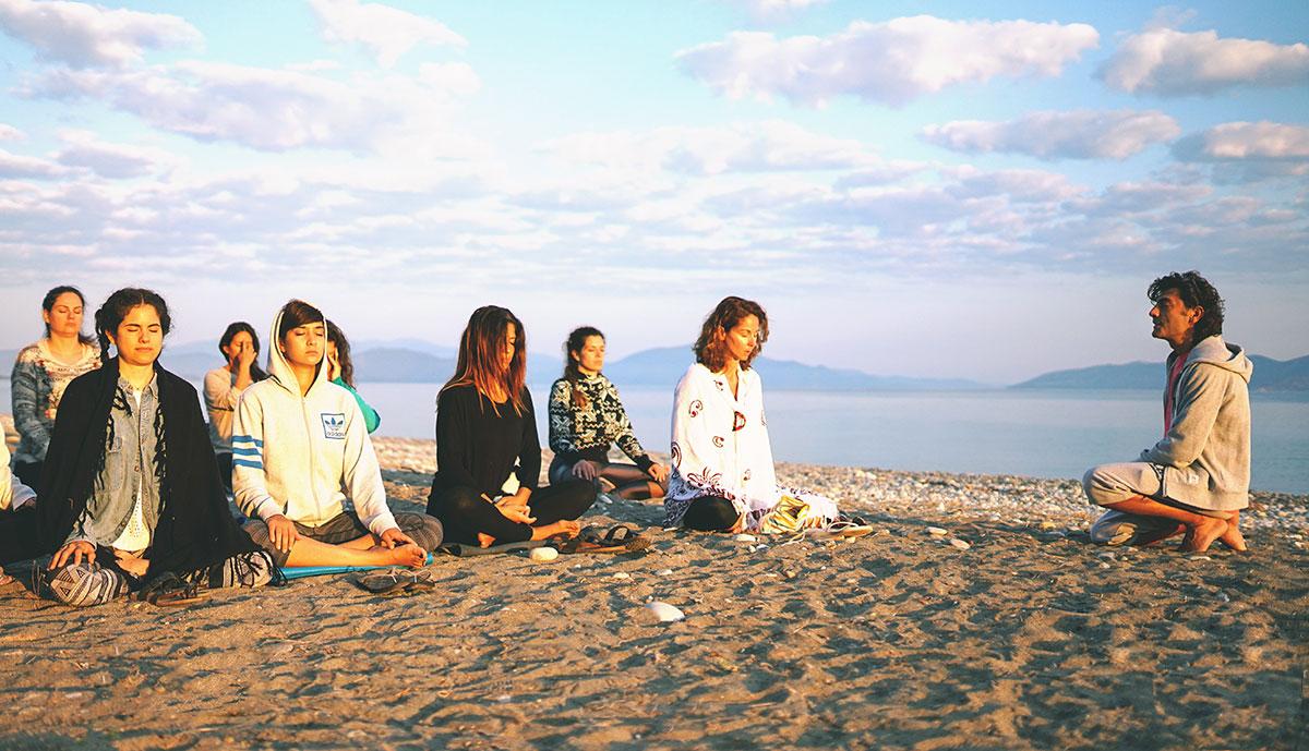 Τι είναι το Sun gazing; Εκπαίδευση Δασκάλων Yoga στη Βόρεια Εύβοια - Πευκί